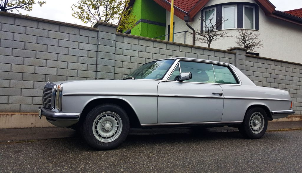 Mercedes-Benz 280CE W114 coupe
