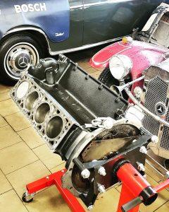 4.5 V8 motor